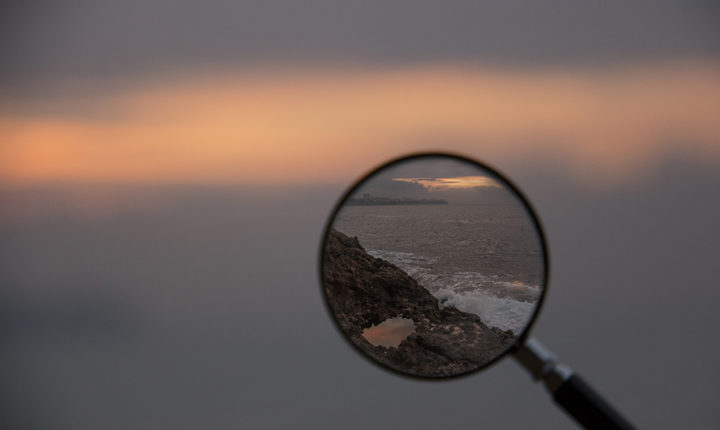 magnifying glass sea